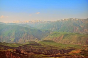Prelepa gorska pokrajina doline Alamut